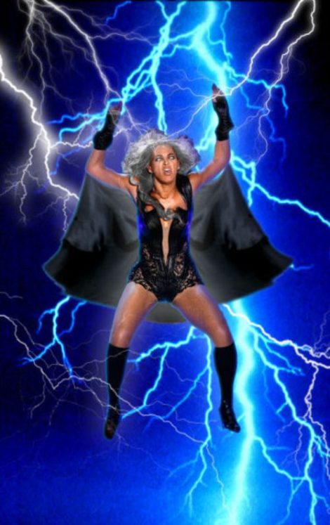 internet-makes-fun-beyonce-halftime-photos-photoshop-19