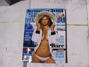 kate-upton-2013-swimsuit-issue_640_480_s_c1_center_top_0_0