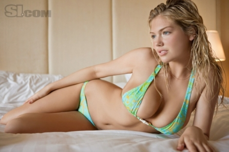 kate-upton-bikini_640_427_s_c1_center_top_0_0