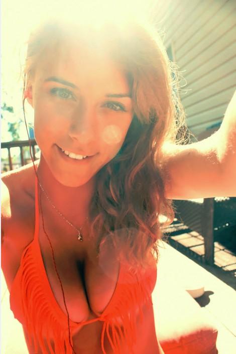 hot_bikini_girls_17