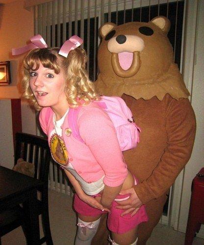 Funniest+halloween+costume+EVER.+http+www.funnyjunk.com+funnygifs+3178788+Meme+halloween_de5b85_3176222
