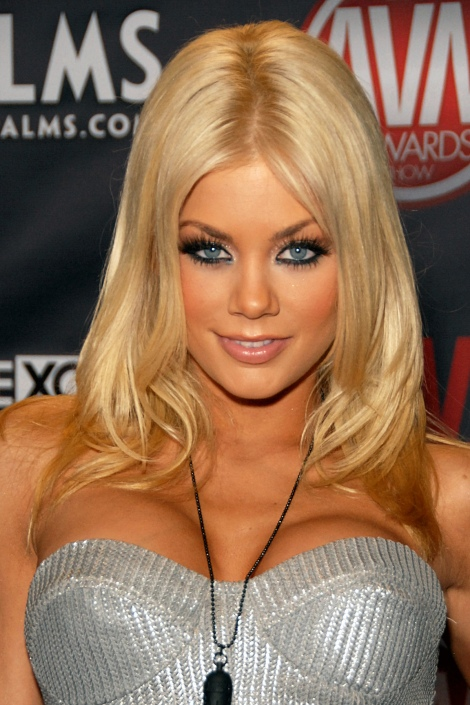 Riley-Steele-01