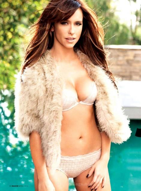 Jennifer-Love-Hewitt-Maxim-US-3
