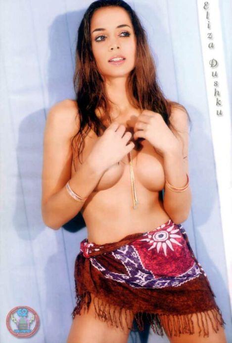 2007-04-05_201936_ElizaDushku-topless02