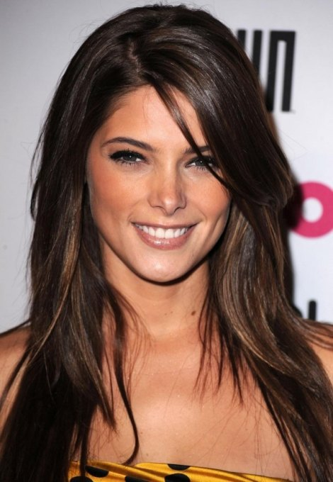 600_ashley-greene-25666