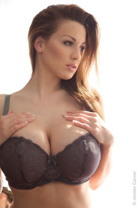 cleavage-7