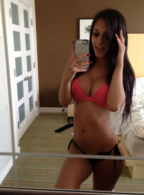 bikini_girls_24